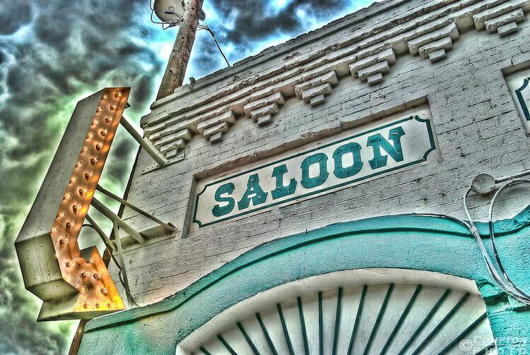 Saloon-HDR